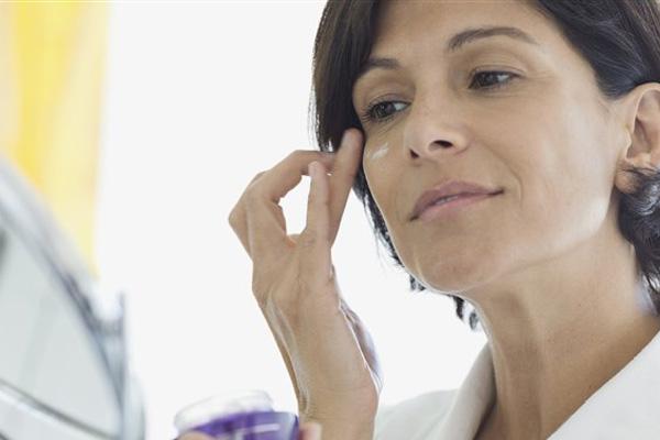 ضد چروک قوی برای خانم ها