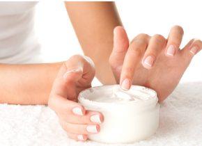 بهترین کرم مرطوب کننده برای پوست چرب
