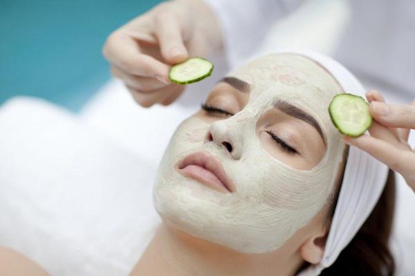 ماسک جوان کننده و بران برای پاکسازی پوست
