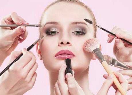 ترتیب استفاده از لوازم آرایش