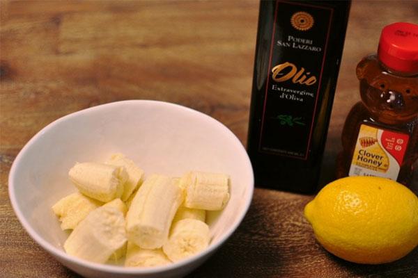 ماسک خانگی موز و لیمو، راهی برای از بین بردن چربی اضافه پوست