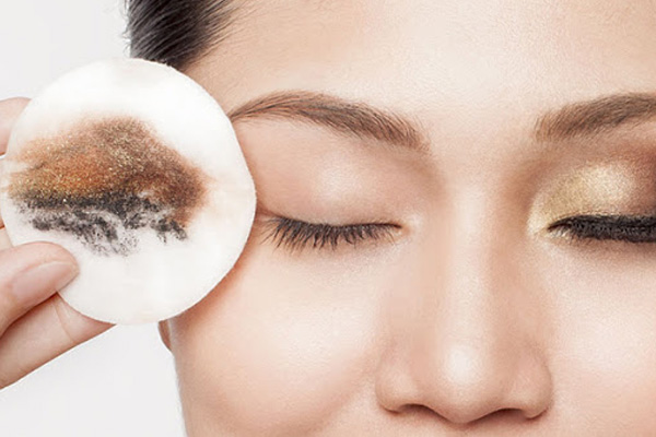میسلار واتر مناسب پاک کردن آرایش