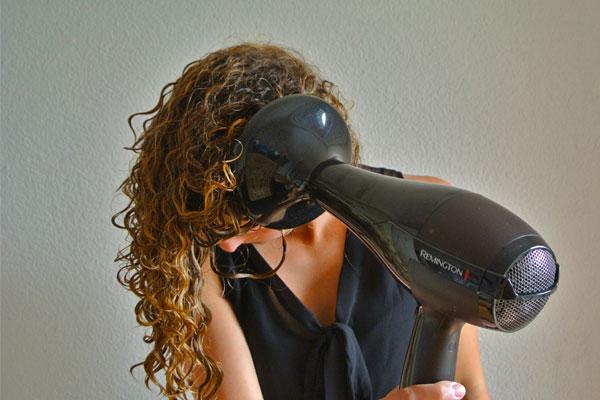 معرفی بهتری روش برای خشک کردن موهای وز