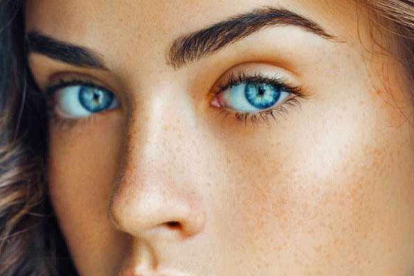 حالت طبیعی ابروها، بهترین ترفند برای یک آرایش طبیعی