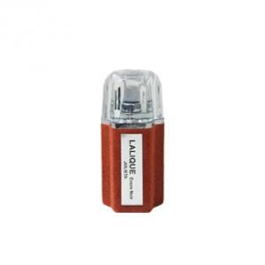 عطر لالیک انکر نویر ژولیتا به عنوان عطری خوشبو با رایحه تلخ و طبع گرم
