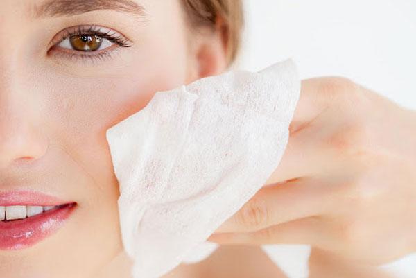 چرا باید روتین مراقبتی پوست داشته باشبم؟