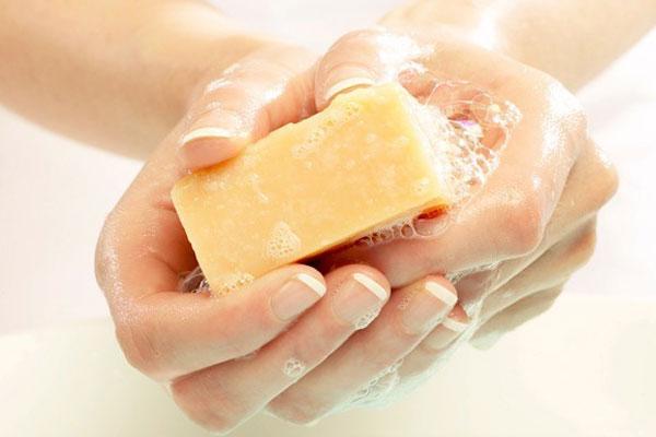 بهترین صابون برای جوش صورت و زیر پوستی