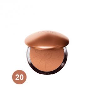 پودر برنزه شماره 20 نوت به عنوان بهترین پودر لطیف کننده پوست