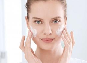 نحوه استفاده از کرم ضد آفتاب و بایدها و نبایدهای آن - زیبابست