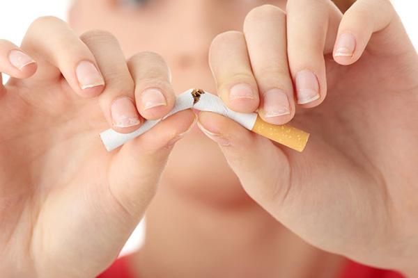 تاثیر سیگار بر پوست