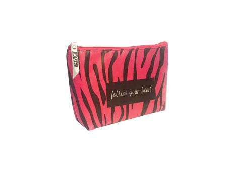 کیف لوازم آرایش با طرحی زیبا و رنگی جذاب